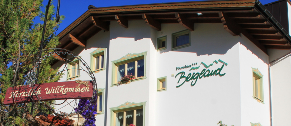 Welcome at Pension Bergland in Lech / Oberlech - bed and breakfast